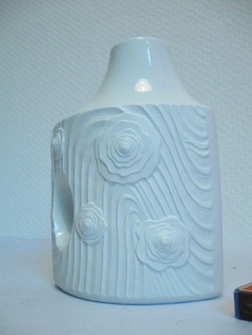 Bild 3 von Bisquitporzellan Vase