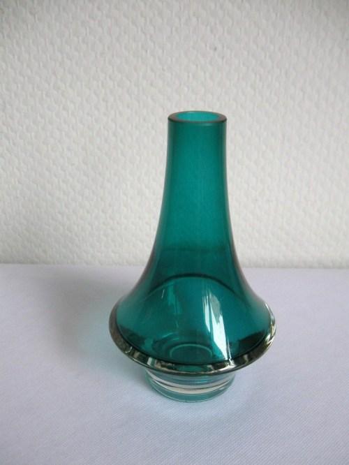 Bild 2 von 70er Glasvase mit Signatur