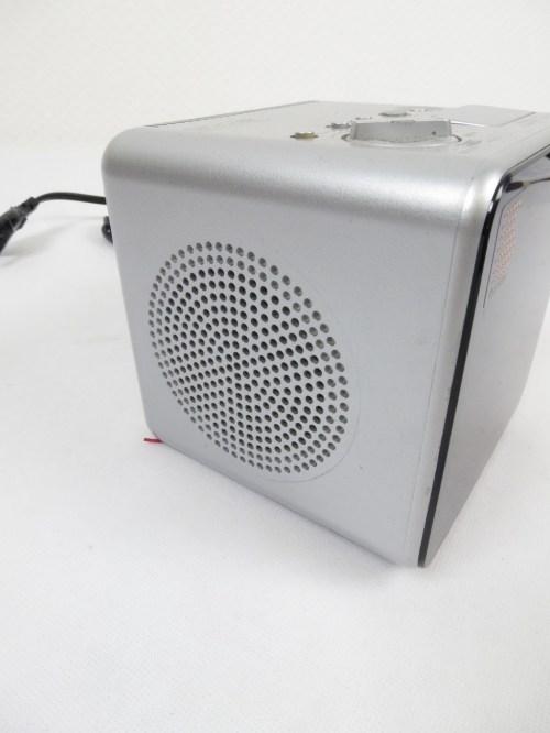 Bild 2 von 80er Radiowecker Sony