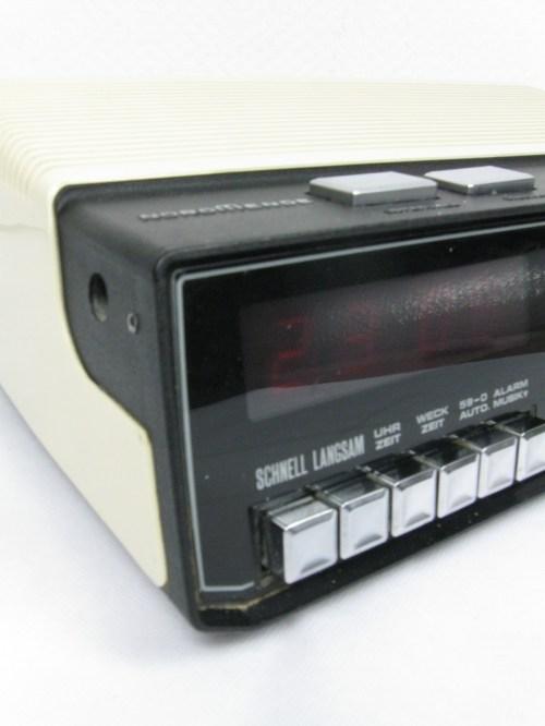Bild 2 von 70er Radiowecker