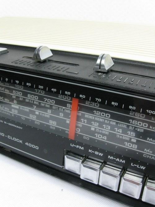 Bild 3 von 70er Radiowecker