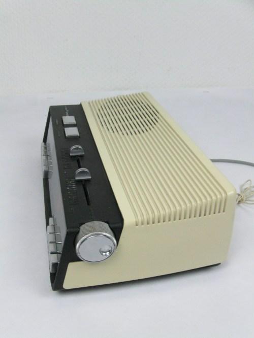 Bild 6 von 70er Radiowecker