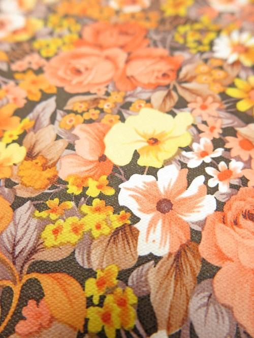 Bild 4 von Tapete Mary Orange