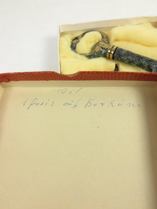Bild 3 von 60er Schlüssel mit Aufhänger. Messing