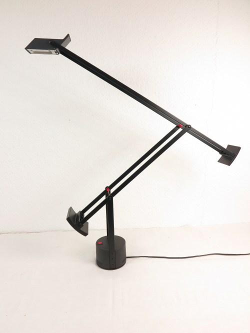 Bild 1 von Artemide große Schreibtischlampe Design R. Sapper, Model Tizio