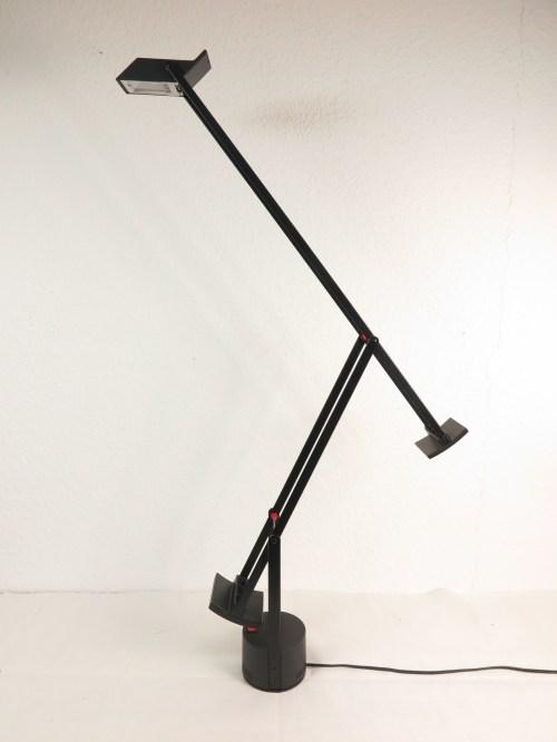 Bild 2 von Artemide große Schreibtischlampe Design R. Sapper, Model Tizio