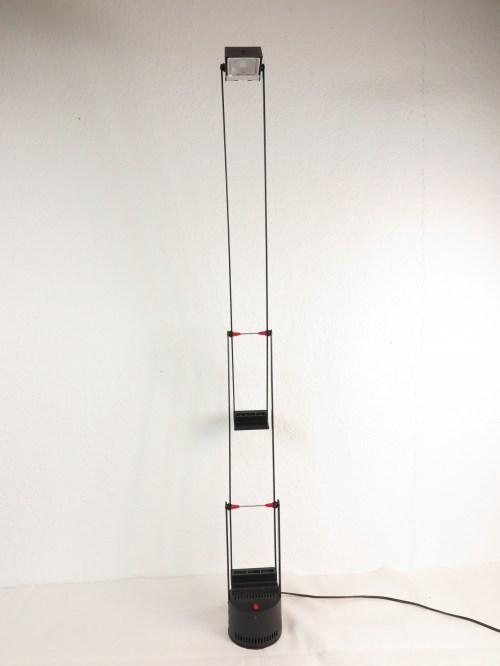 Bild 3 von Artemide große Schreibtischlampe Design R. Sapper, Model Tizio