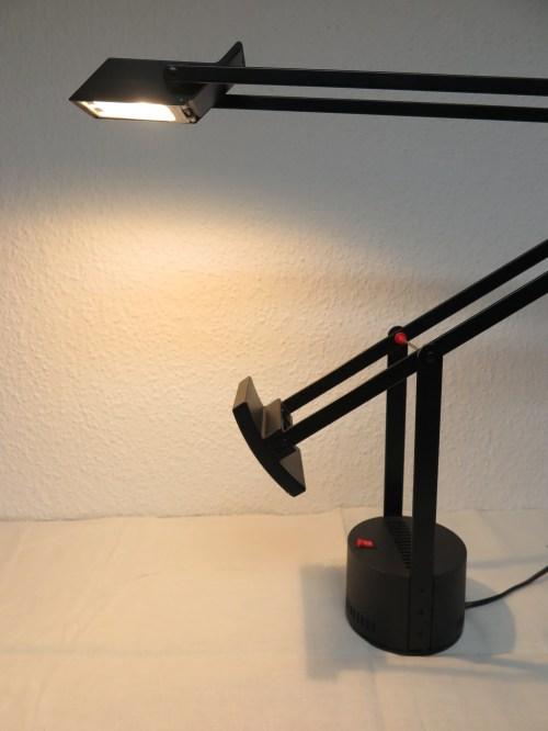 Bild 5 von Artemide große Schreibtischlampe Design R. Sapper, Model Tizio