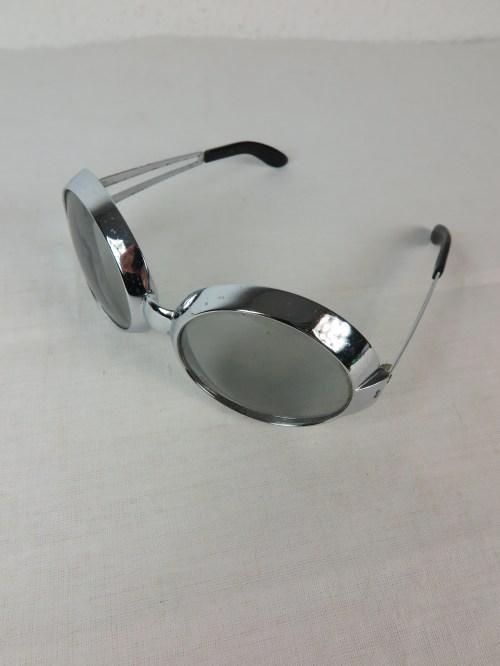 Bild 6 von 70er  Sonnenbrille