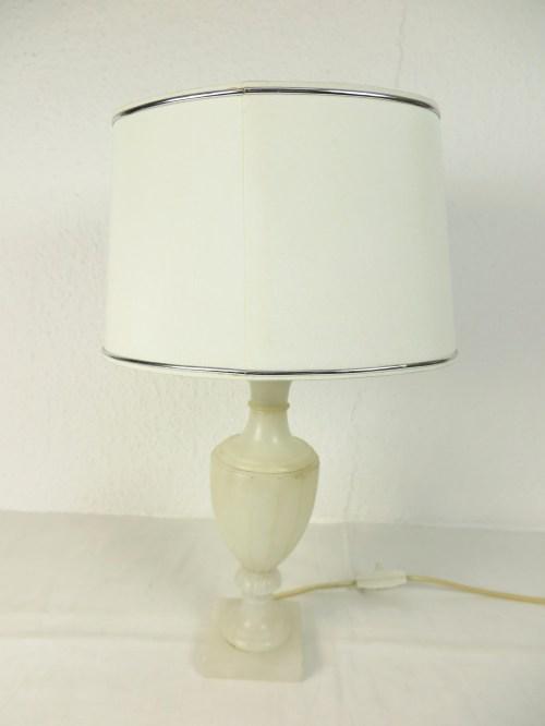 Bild 1 von 80er Tischlampe oval