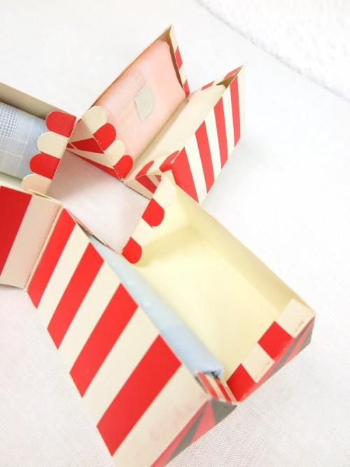 Bild 6 von 50er Taschentücher Box