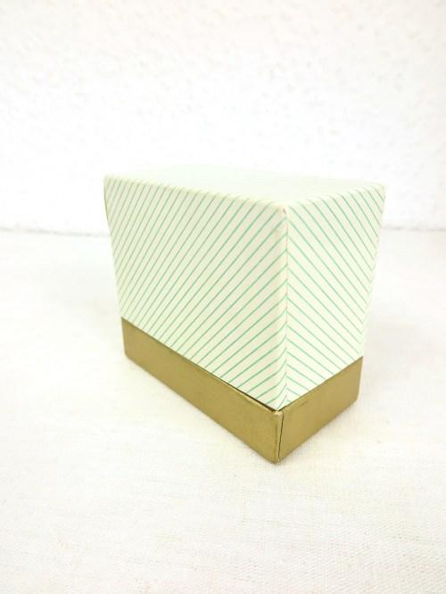 Bild 1 von 50er Taschentücher Box