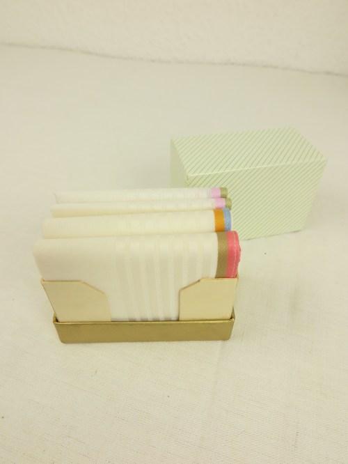 Bild 2 von 50er Taschentücher Box