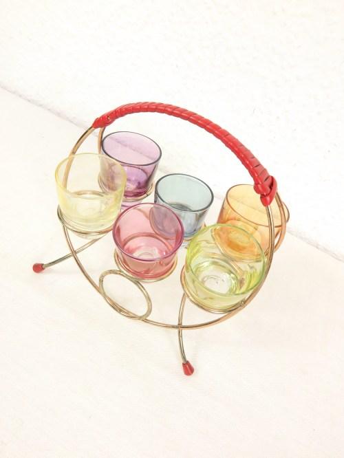 Bild 2 von 50er Schnapsglashalter mit Gläsern
