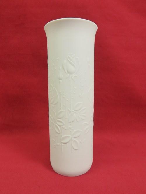 Bild 1 von 60er Vase Bisquitporzelan