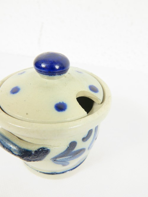 Bild 4 von 70er Steingut Blau Senftöpfchen