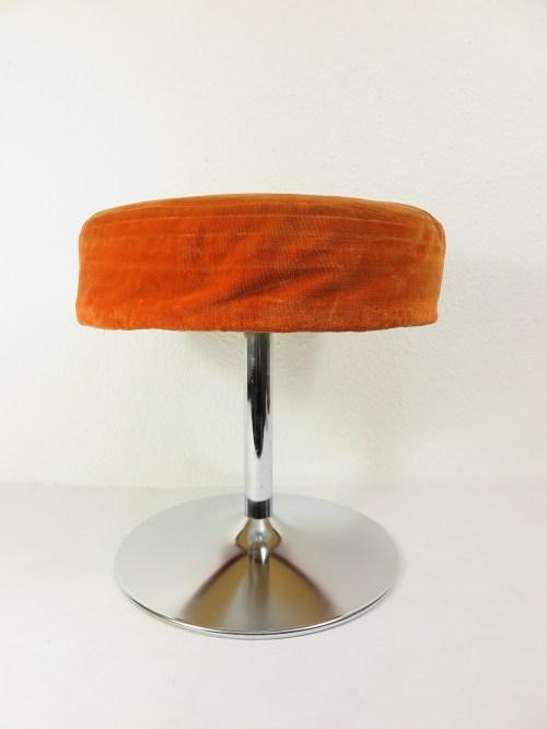 Bild 2 von 70er Hocker Orange