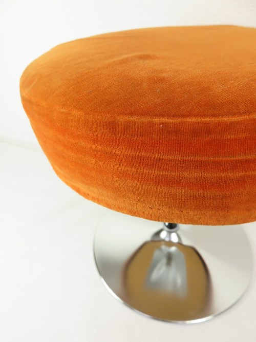 Bild 5 von 70er Hocker Orange